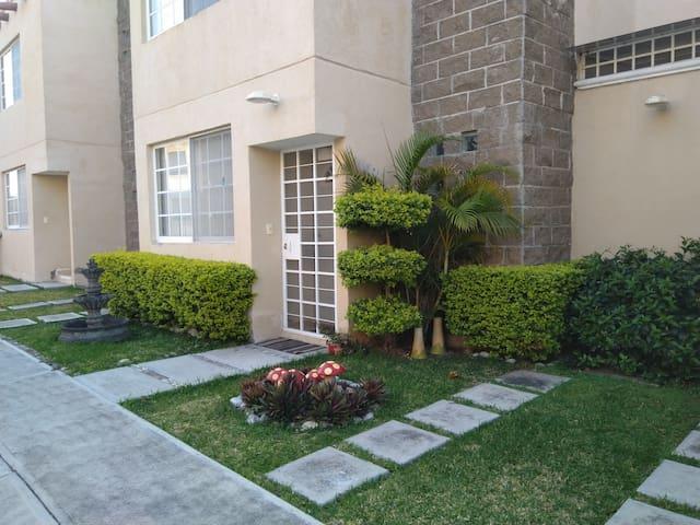 Jardines de Tehuixtla, Morelos, Jardines de Mexico