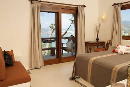Luxury style Jr Suite with Spectacular View - Ixtapa-Zihuatanejo