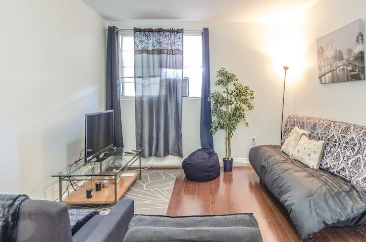 LARGE, PRIVATE, CUTE APT NEAR LAX - Los Angeles - Apartemen