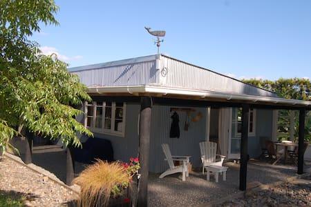Blue River Orchard Cottage - Waipapa