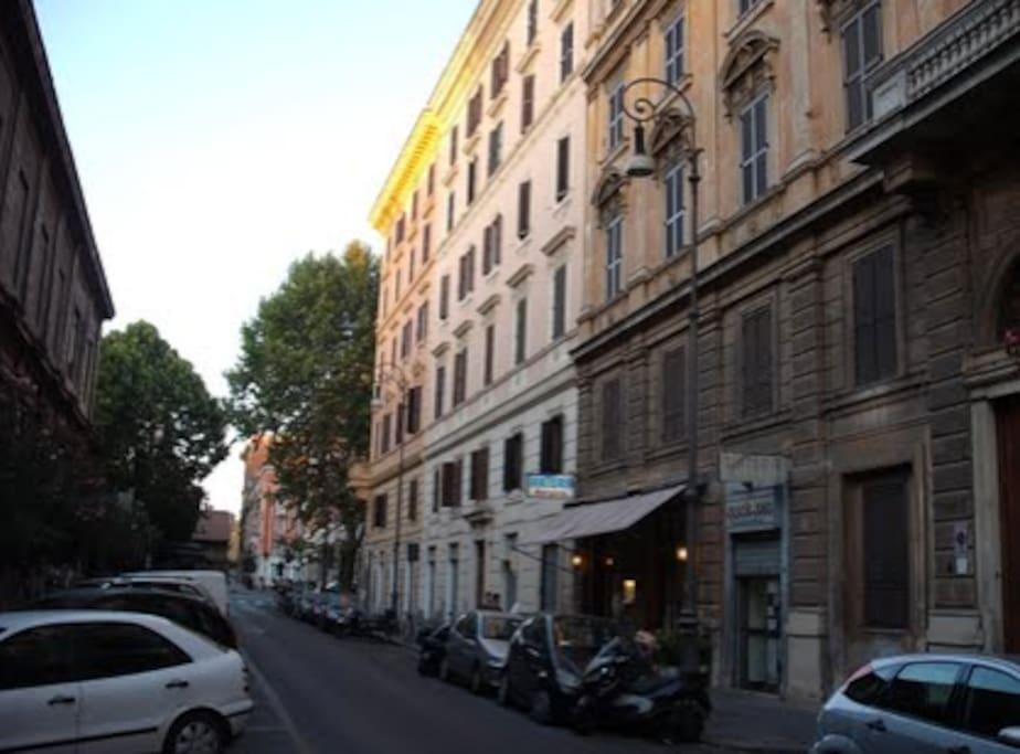 Colosseo camera con bagno privato bed breakfast in affitto a roma lazio italia - Stanza con bagno privato roma ...