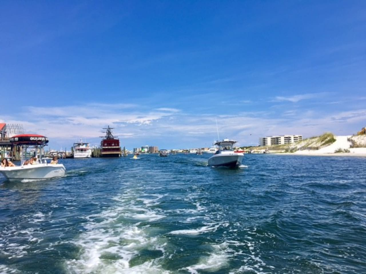 Destin Harbor one block from Townhome!