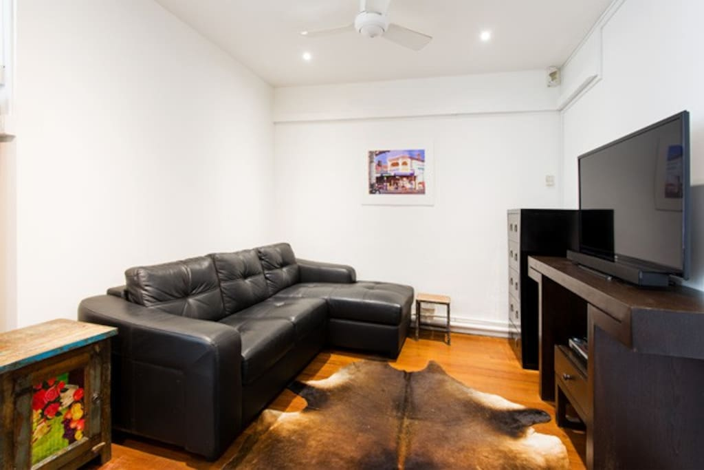 TV,comfortable lounge
