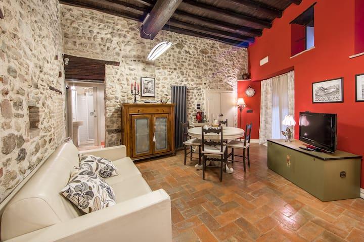 Porta Monterone al centro storico - Spoleto - Dom