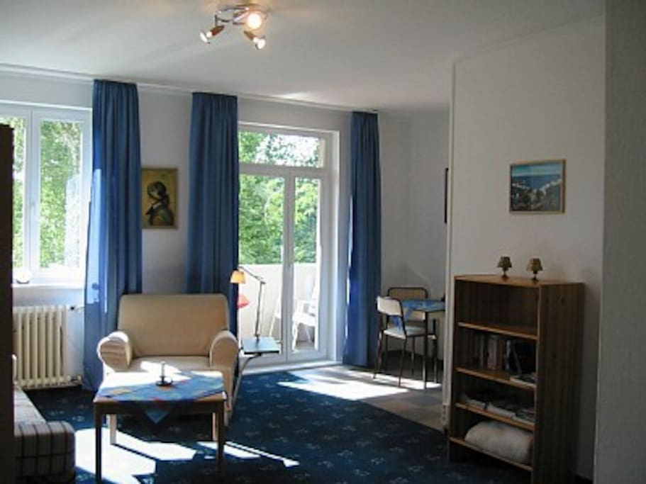 spreebogen furnished apartment for long term let apartments for rent in berlin berlin germany. Black Bedroom Furniture Sets. Home Design Ideas