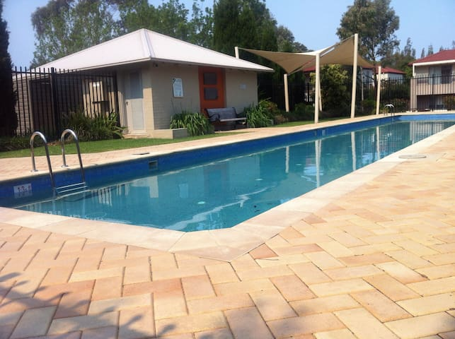 Community 25m lap pool