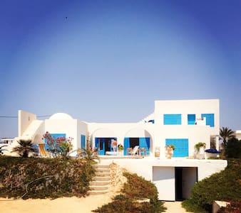 Bord de mer, site féerique, piscine - Djerba