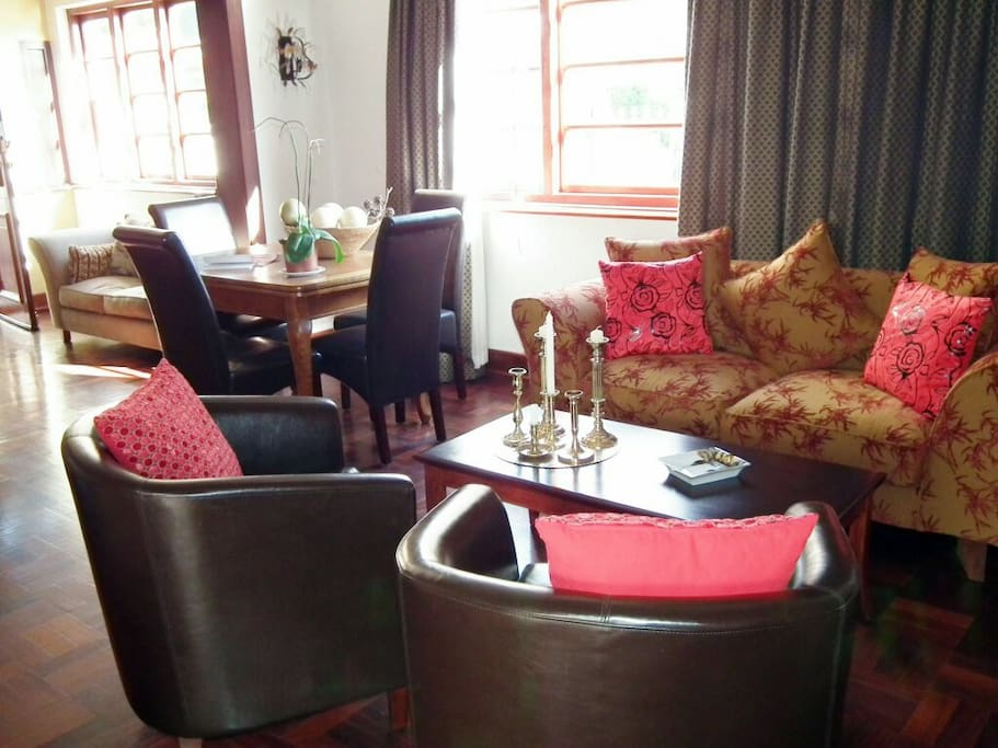 Clarence House lounge