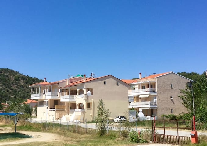 New house close to the beach and Mount Athos - Chalkidiki