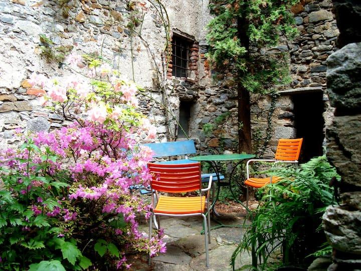 B&B PADIGLIONE CÀ LEÒN, 2 Pers, Malcantone/Lugano