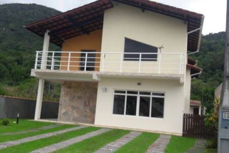 Casa Cond. Fechado - Mococa, Caraguatatuba
