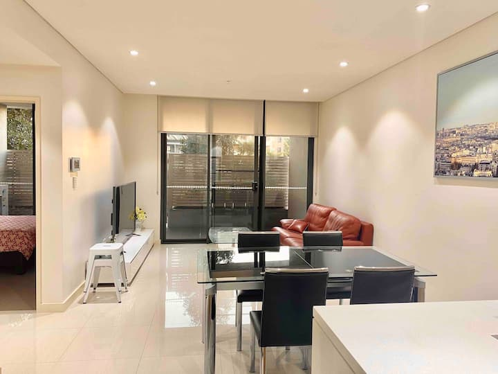 3 Cozy apt / Homebush / Olympic Park/ 1.5 bedroom
