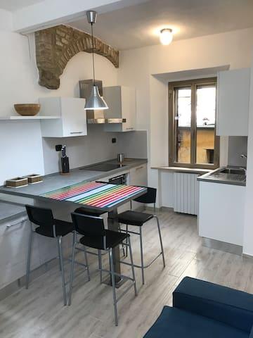 """Bilocale centro storico Volterra """"ALESSANDRO"""""""