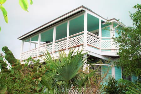 Exuma Hummingbird House...Tropical Paradise! - Georgetown - Maison