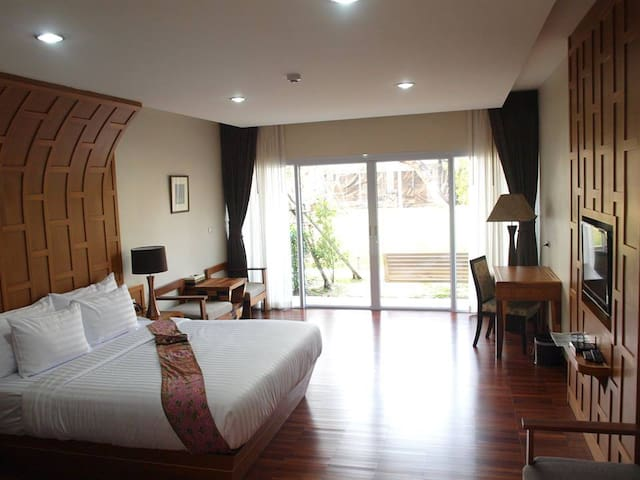 ทามัน รีสอร์ท (Taman Resort) - Phitsanulok - Bed & Breakfast