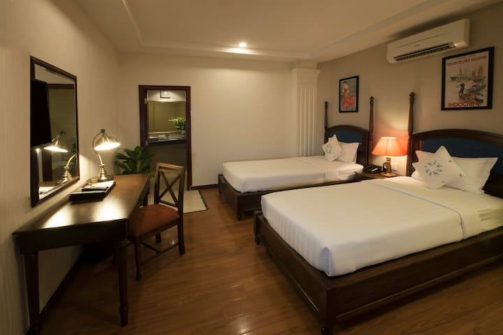 Alagon City - Deluxe Twin Bed, Rooftop Pool & Jacuzzi