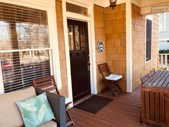 Enjoy Porch Time in Home next to Candler Park