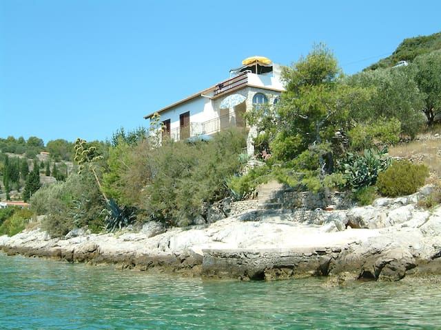 Beach house/apt.2 Vela Luka,Korčula - Вела-Лука - Квартира