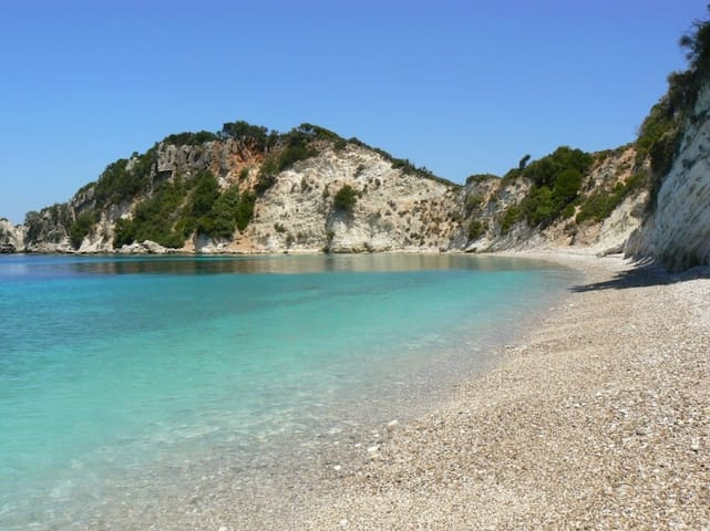 Greece Corfu Villa 3-4 people&Cater, Privet beach!