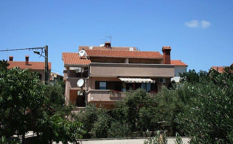 Apartment Andric 4 - Kornić