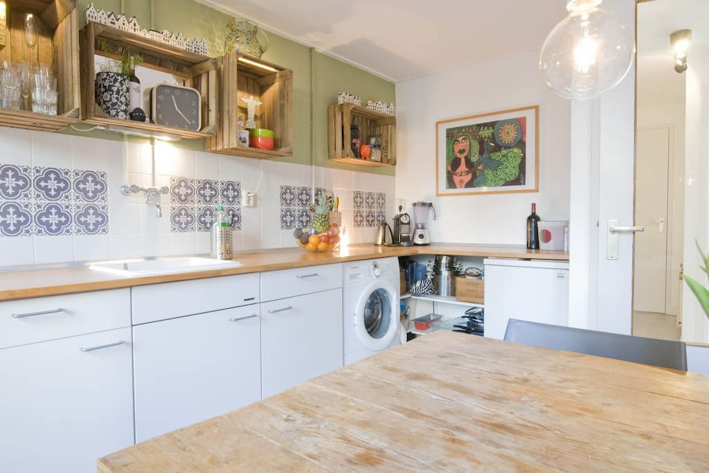 Spacious Kitchen with access to the private Garden