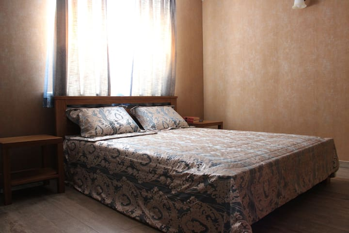 Standart номер 19 м2 в guest house Barin House - Sumy - Bed & Breakfast