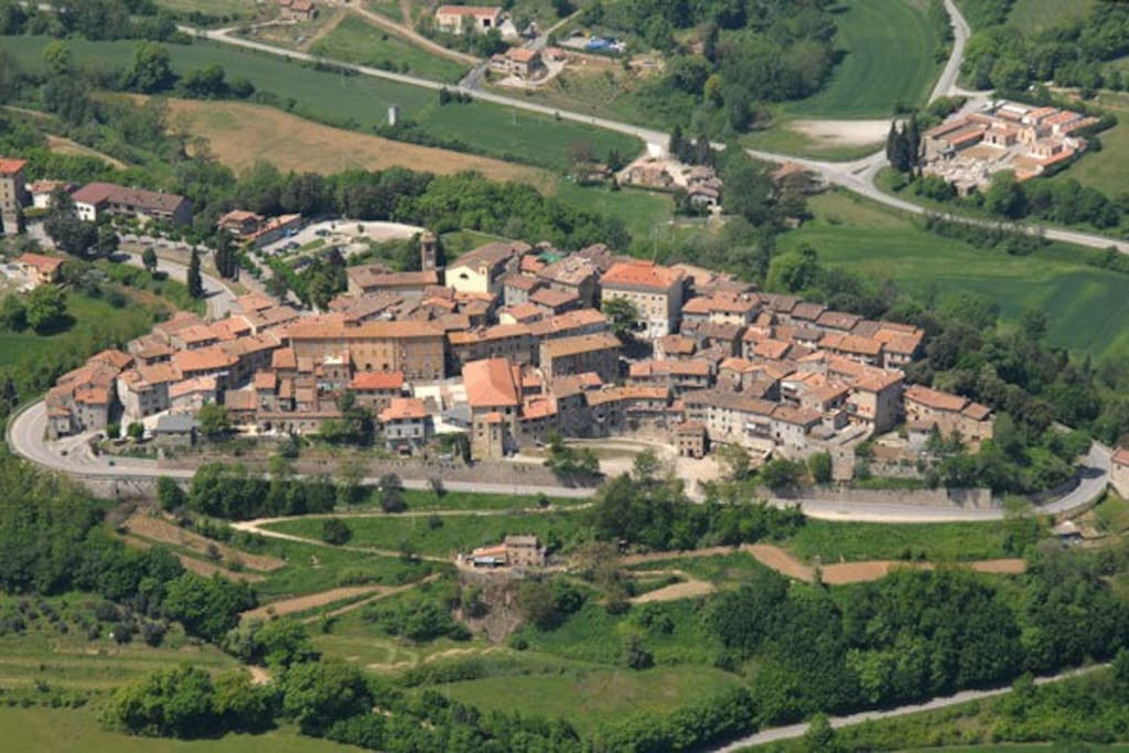 The medieval walled village of Piegaro