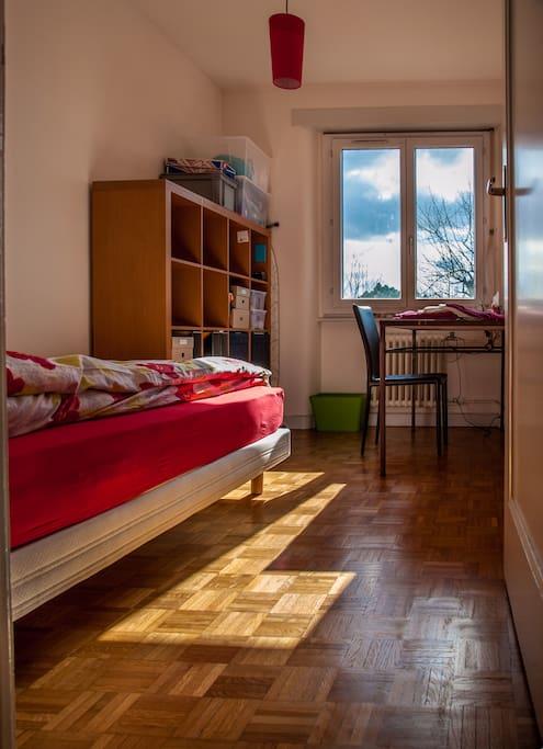 Votre chambre dans gen ve centre appartements louer for Chambre louer geneve