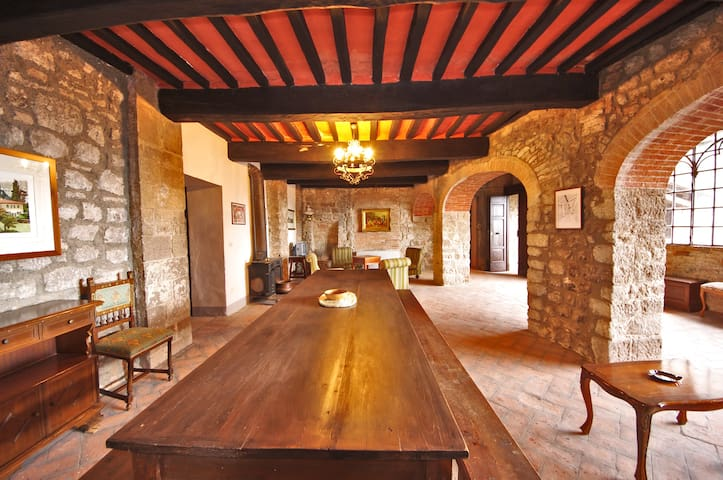 Appt Tuscany Castle 30 km Siena - Torniella