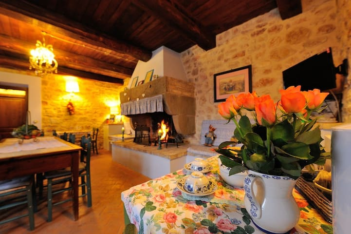 Home holiday with farm near Spoleto Norcia Assisi