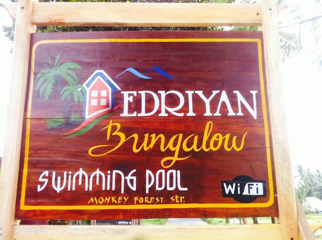 Edriyan Bungalow and swimmingpooll