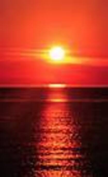 The midnightsun from 20. of may to 21. of juli.