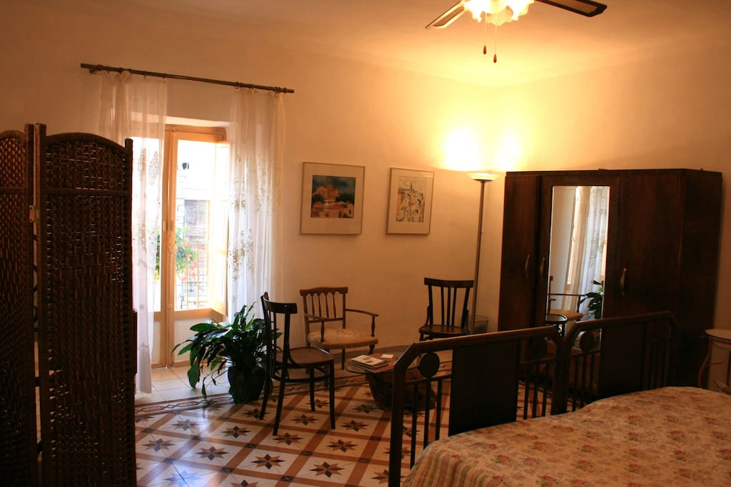 Tintilia - The biggest room with 3-beds, located on the second floor. Perfect as a family room. The room has a small balcony with a nice view over the surrounding hills