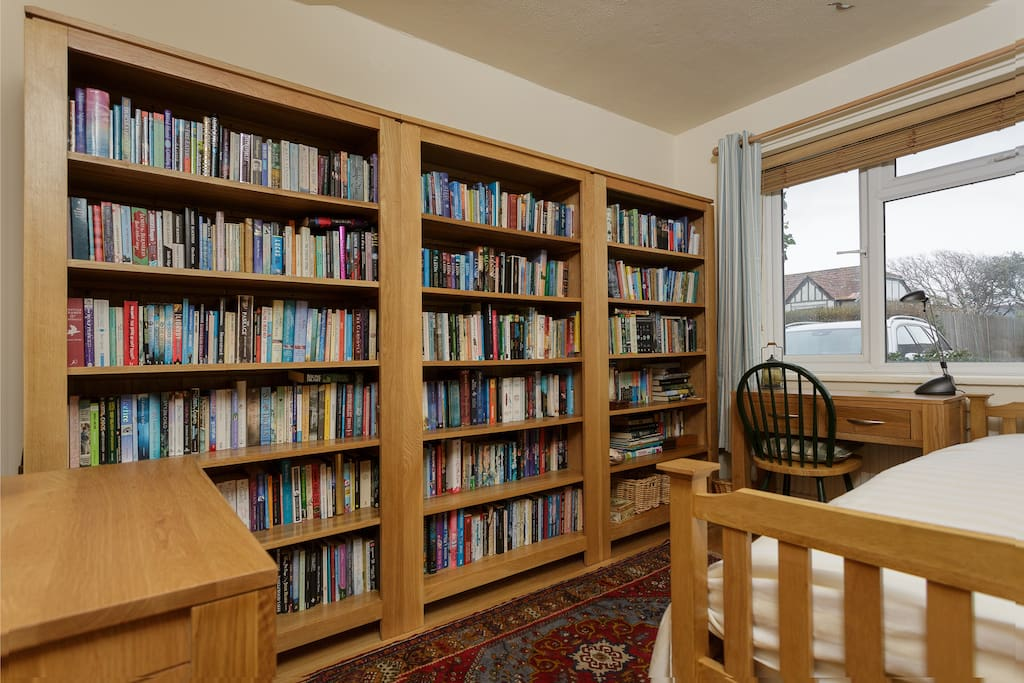 There's a desk, and plenty to read in the  three bookcases.