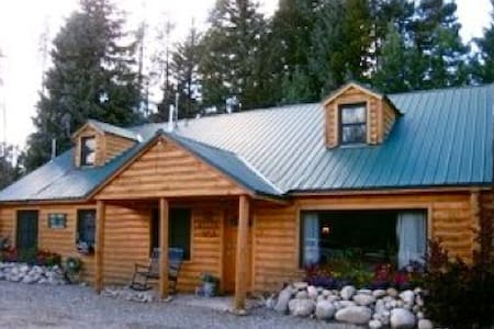 Pet Friendly Vacation Rentals Apartments Houses In