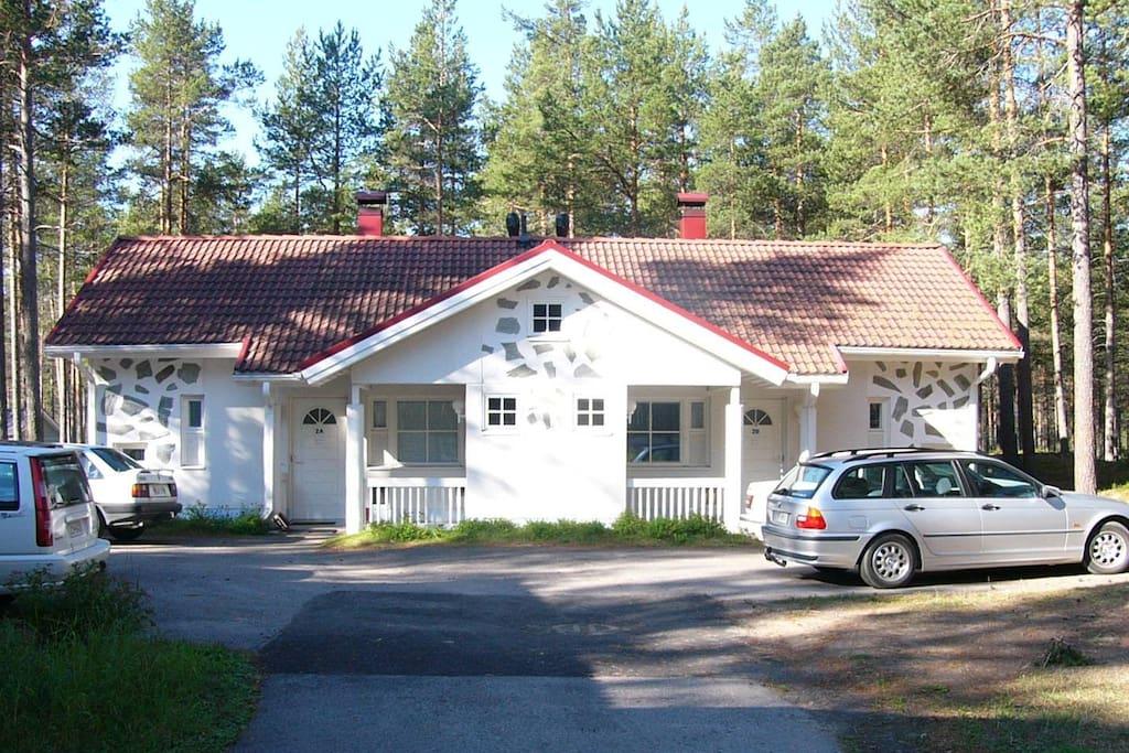 Front yard, entrance