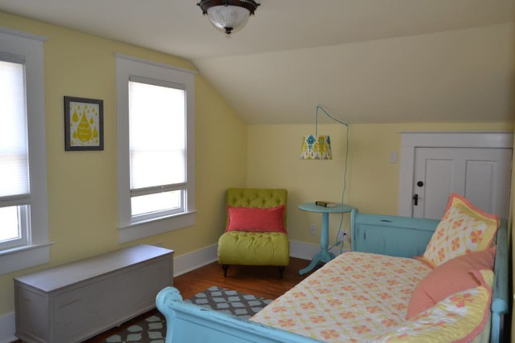 second bedroom with reading nook. Trundle bed converts to king