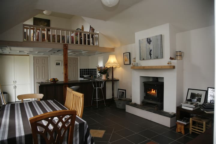 Rural Self Contained cottage - Killarney - Srub