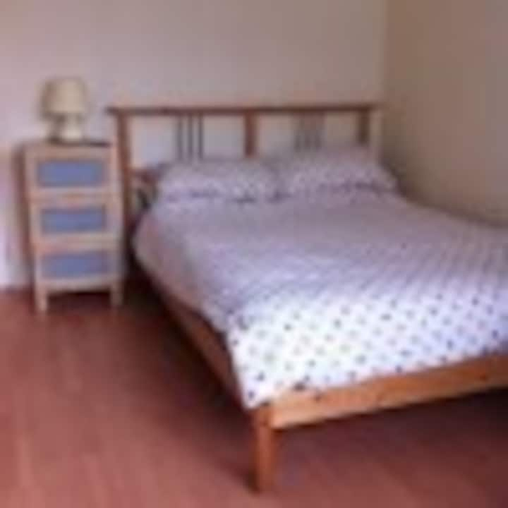 Spacious Double Room - Chester