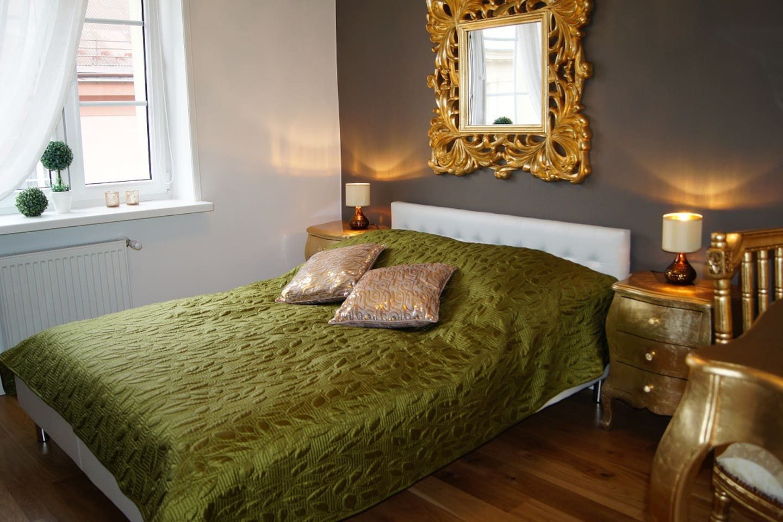 Bedroom - feel royal ;-) Przemyska Jewish Quarter LuxuryCracow