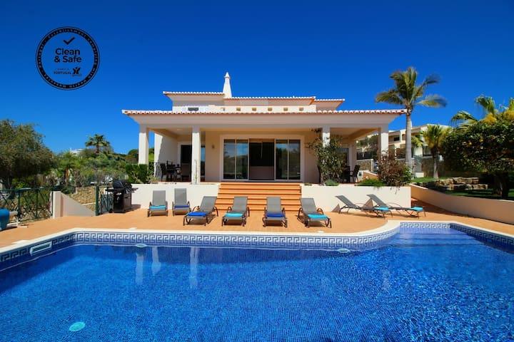 Villa Mar, Luxury, pool & Table Tennis