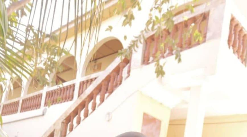 Apartments in Kerr sering. 10 mins from senegambia