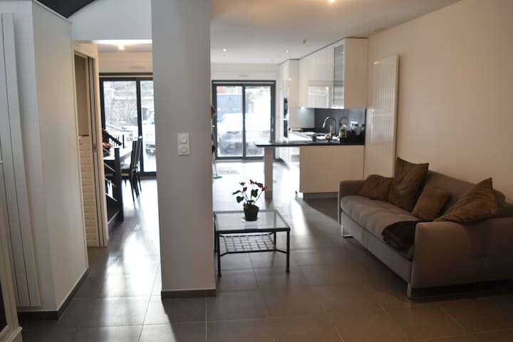 Brand New house, Luxury Loft Syle, yard & garden - Châtillon