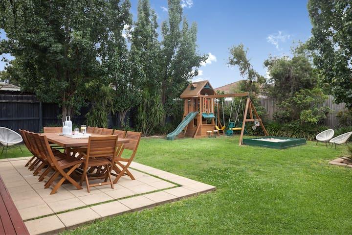 Elegant 3BR Family Home & Lush Garden for up to 6