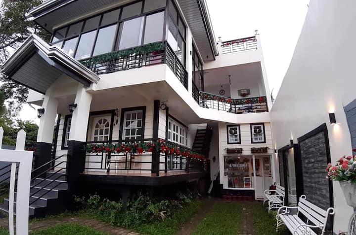 Tagaytay City, Adriana's Place