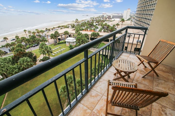 San Luis 935-Luis' Lookout: Luxury Condo, Gulf View, Private Balcony