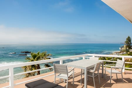 Laguna Oceanfront Studio! A+ Views! - 라구나 비치(Laguna Beach)