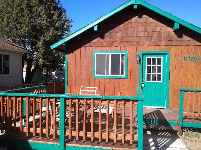 as low as $45 weekdays $65 weekend (excl.holidays) - Big Bear - Cottage