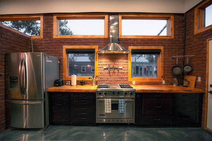 Kith & Kin Guesthouse