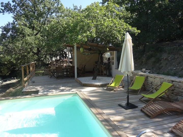 Location calme pour 8 Drôme provençale + piscine